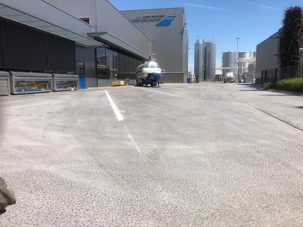 asfalt logistiek terrein